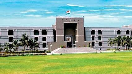 Gujarat High Court gives relief to parents in school fees.  Hit schools that col…