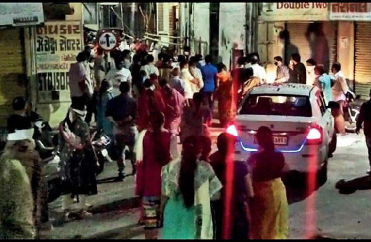 21 booked for gathering to welcome recovered patient | Vadodara News
