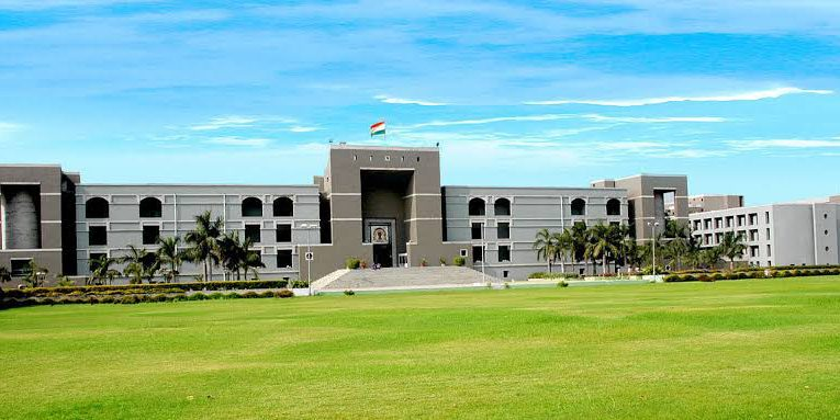 Gujarat High Court's important decision in the interest of parents.